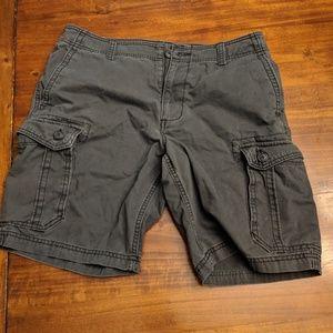 Old Navy Cargo Shorts size 33